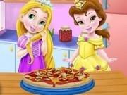 bebelusele disney rapunzel si belle gatesc pizza