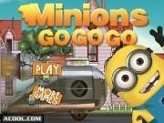 minionii conduc masina cu reactie